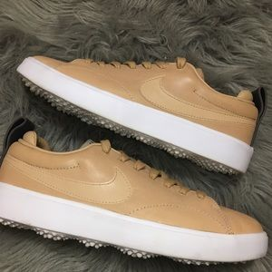 Nike Golf Tan NGC course ladies 7 nude shoes club